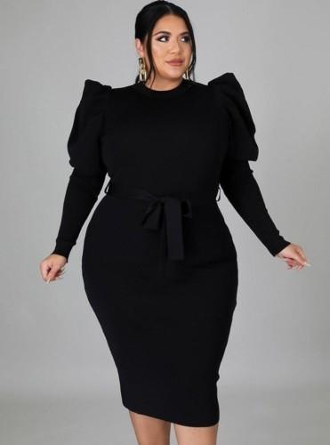 Vestido longo bodycon longo de inverno plus size preto com gola redonda