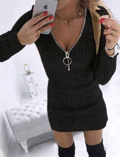 冬のカジュアルな黒のニットジッパー長袖ミニドレス