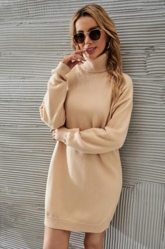 Vestido de punto delgado de manga larga con cuello alto de color caqui informal de invierno