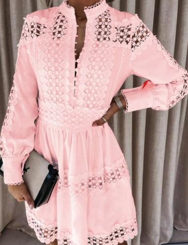 Mini vestido casual de manga larga con botones ahuecados en rosa sexy de otoño