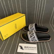 FENDl slipper