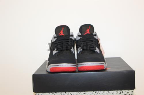 Air Jordan Four Retro Bred