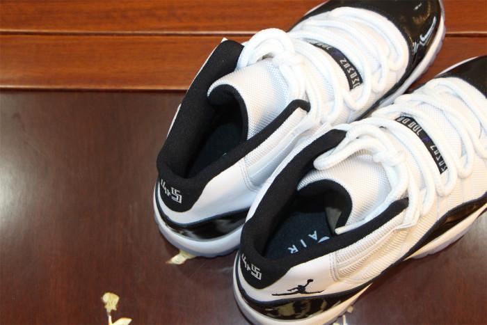 Air Jordan 11 Concord
