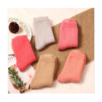 Women's Vintage Style Wool Socks Winter Thick Solid Color Knee-High Hosiery(5 pairs of socks )