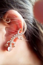 Golden Punk Diamond-Studded Lizard Ear Clip