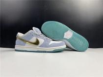 Nike Dunk SB Low X Sean Cliver Shoes