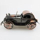 Iron old car ornaments bone-shaker Vintage car Retro and nostalgic window decorations