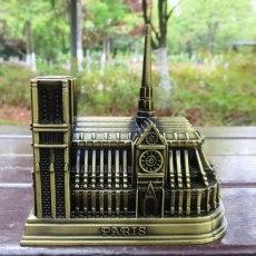 Vintage 3D DIY Zinc Alloy Home Cafe Ornament Notre Dame de Paris Simulation Model Tourist Souvenirs of Paris Building Decoration