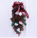 Christmas Wreath of Pine Cones Cotton Berries Decoration Home Decoration Farmhouse Deocr Little daisy artificial flower