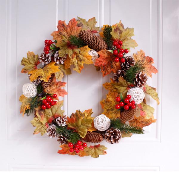 Christmas Wreath of Maple Leaves And Pine ConesHome Wedding Garden Party Decor Wreath Hanging Door Silk Flower