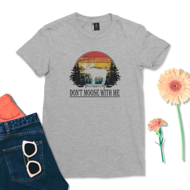 Don't Moose With Me Shirt Retro Wildlife Animal Moose T-Shirt Vintage Women Outdoors Tee Casual Moose Lover tshirt
