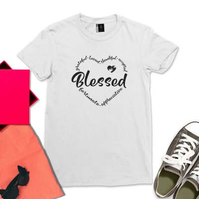 Thankful Grateful Blessed Fall Shirt Fall Thanksgiving Clothing Fall Teacher T-Shirt Casual Heart Graphic Thankful Gifts