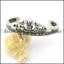 crown shaped bangle with crystals b002296