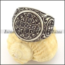 The black stones Cross Ring r001404