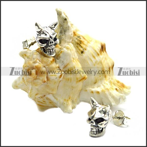 925 Sterling Silver Earring e002036