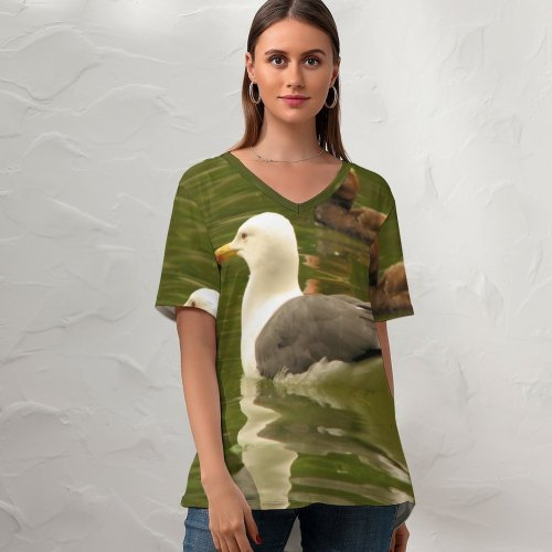 yanfind V Neck T-shirt for Women Sea Birds Bird Reflection Vertebrate Beak Duck Ducks Geese Swans Goose Pond Summer Top  Short Sleeve Casual Loose