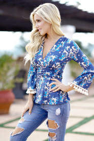 Blue Casual Flower Print T-Shirt Tops Ladies 2018 Spring New Women V Neck Tassel Long Sleeve Slim Top Tee Plus Size