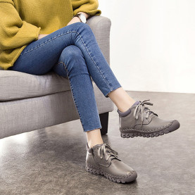 Spring Autumn Women Boots Fashion Genuine Leather Ankle Boots Lace Up Soft Sewing Short Boots Casual High Top Flat Shoes