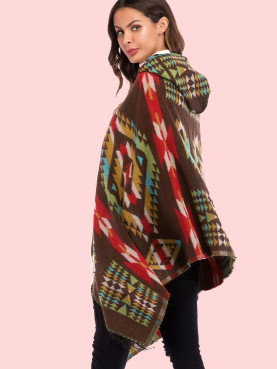 Geometric Pattern Hooded Knit Poncho with Fringe Hem