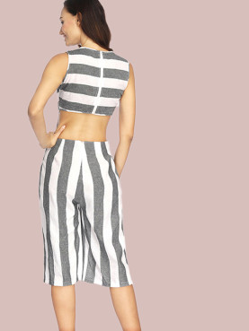 Cut Out Back Contrast Striped Sleeveless Cropped Jumpsuit with Pockets and Wide Leg