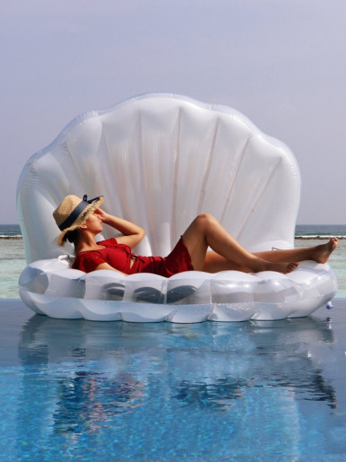 Giant Inflatable Shell Pool Float Lounger Clamshell With Pearl