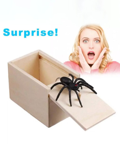 Prank Wooden Scare Box Spider Hidden