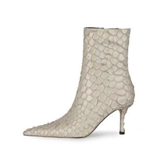 Arden Furtado 2021 Fashion Winter Pointed Toe Women's Red Stilettos Heels Sexy Zipper High Heels 8.5cm Ankle Boots Big size 45