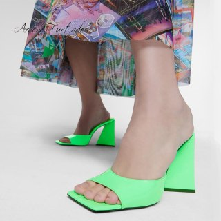 Arden Furtado Summer Fashion 2021 Women's Shoes Sexy Concise Green Square Head Elegant Slippers Mules Chunky heels Big size 45