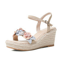 Arden Furtado 2021 Summer Fashion Temperament Wedges Straw The fair maiden Flowers Women's shoes Elegant Buckle Green Bohemian Lady Sandals New 39