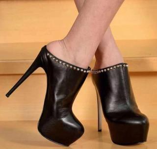 Arden Furtado 2021 Summer Fashion Women's Shoes stilettos heels Round toe Slippers Sexy Waterproof Black Party shoes 47