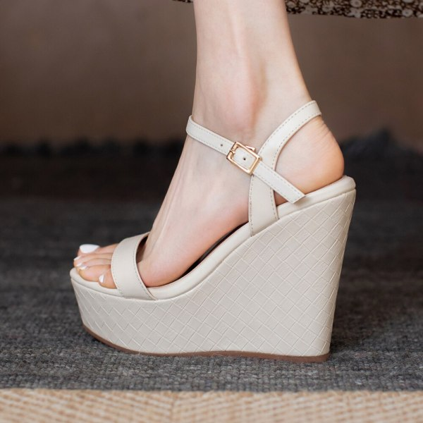 Arden Furtado 2021 Summer Platform Wedges Beige Sandals Genuine Leather  Buckle Classics  Narrow Band  Concise Party Shoes
