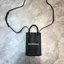 バレンシアガバッグコピー 2020新作 BALENCIAGA 携帯ケース bl200309p50-2
