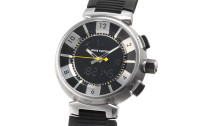 ルイ・ヴィトン時計コピー タンブール イン・ブラック 多機能 クォーツムーブメント搭載 Q118F
