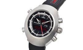 オメガ時計コピー スペースマスター Z‐33 Cal.5666クォーツムーブメント搭載 325.92.43.79.01.001