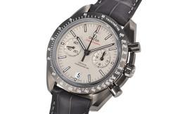 オメガ時計コピー スピードマスター グレーサイド オブ ザ ムーン Cal.9300自動巻きムーブメント搭載 28800振動/時 311.93.44.51.99.001