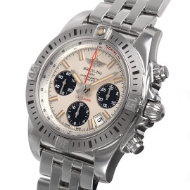ブライトリングコピー時計 クロノマットエアボーン ETA7750自動巻きムーブメント搭載 A004G87PA