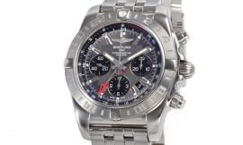 ブライトリングコピー時計 クロノマット44 GMT 自動巻きクロノメーター搭載 A042F61PA