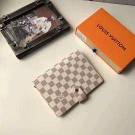 ルイヴィトン財布コピー LOUIS VUITTON 2020新作 手帳カバー M2004-5