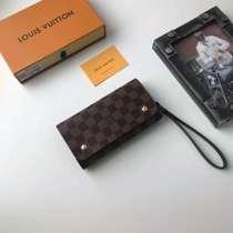 ルイヴィトン財布コピー LOUIS VUITTON 2020新作 二つ折長財布 M58080-7