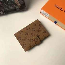 ルイヴィトン財布コピー LOUIS VUITTON 2020新作 手帳カバー M2005-6