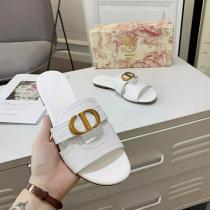 ディオール靴コピー DIOR 2020新作 GY638
