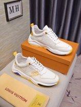 ルイヴィトン靴コピー 定番人気2020春夏新作 Louis Vuitton メンズ スニーカー