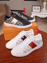 ルイヴィトン靴コピー 定番人気2020春夏新作 Louis Vuitton メンズ スニーカー 2色