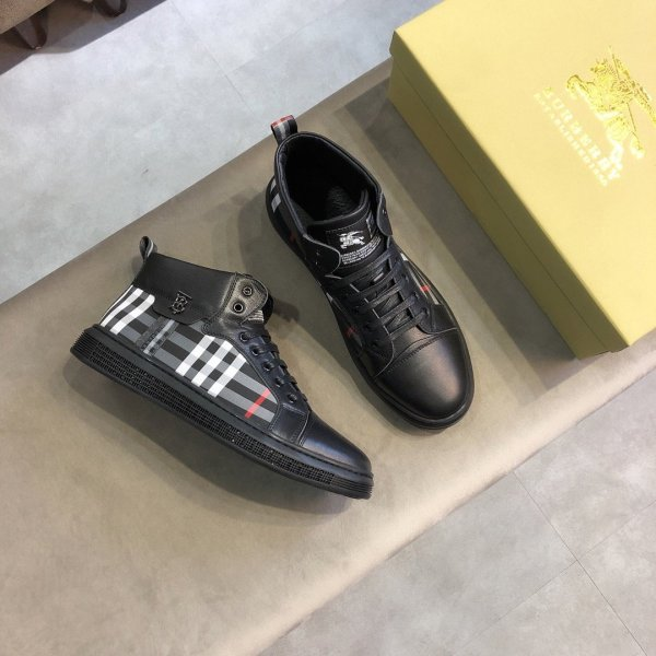 バーバリー靴コピー 定番人気2020新品 BURBERRY メンズ カジュアルシューズ