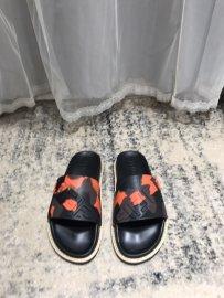 フェンディ靴コピー 2020春夏新作注目度NO.1 FENDI メンズ サンダル-スリッパ
