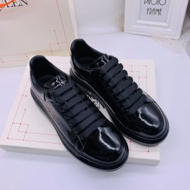 アレキサンダーマックイーン靴コピー 大人気2020新品 McQueen 男女兼用 カジュアルシューズ