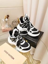 ルイヴィトン靴コピー 2020新品注目度NO.1 Louis Vuitton 男女兼用 スニーカー