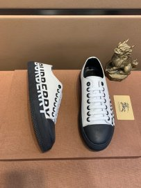 バーバリー靴コピー 大人気2020新品 BURBERRY メンズ カジュアルシューズ