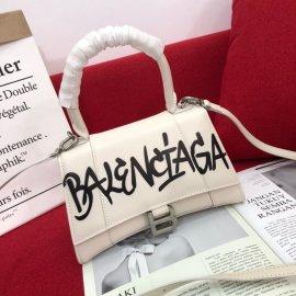 BALENCIAGA バレンシアガバッグ スーパーコピー 2020新作 8068#