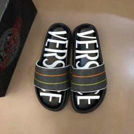 ヴェルサーチェ靴コピー 定番人気2020春夏新作 VERSACE メンズ サンダル-スリッパ